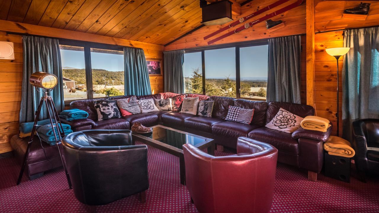 Skotel Alpine Resort - Lounge Bar