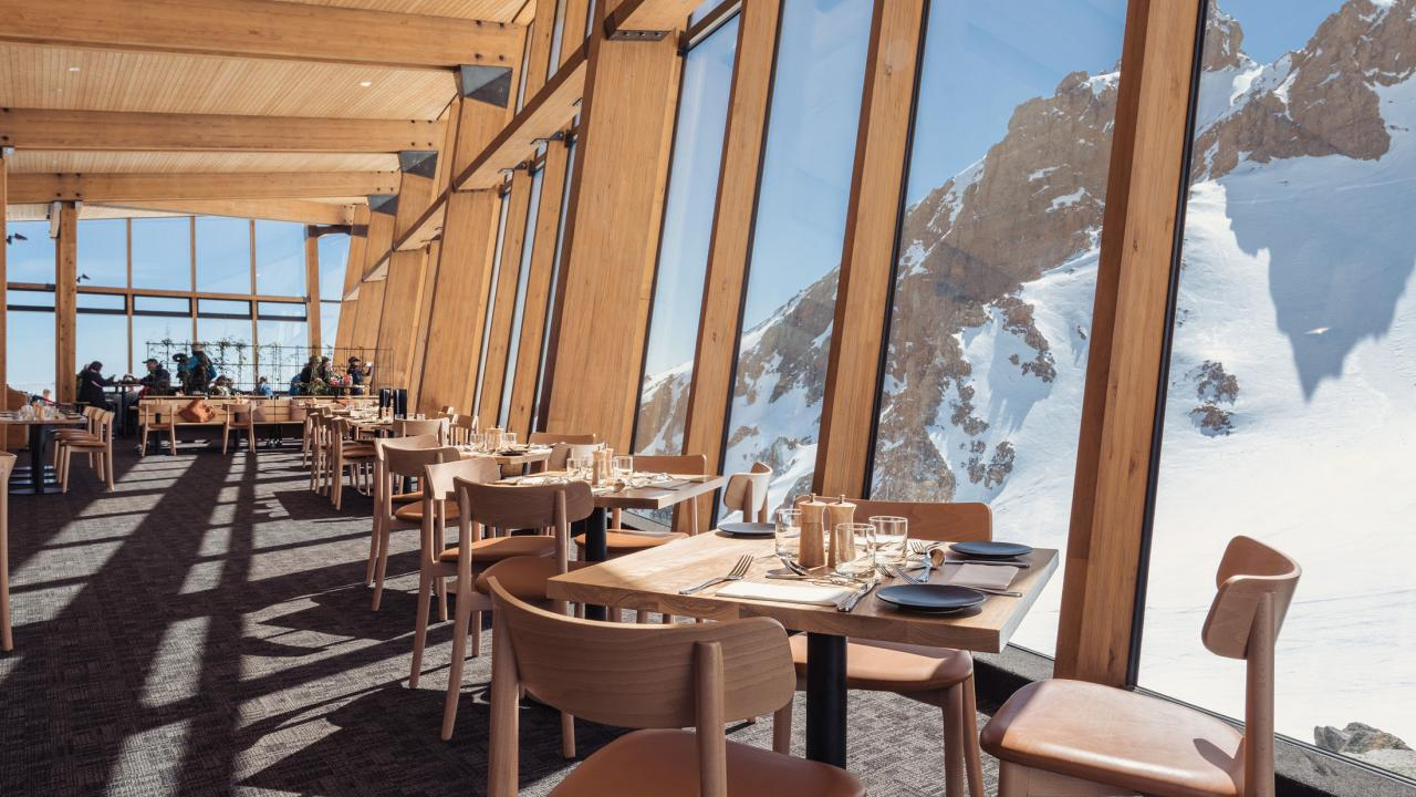 Floor-to-ceiling glass windows at The Pinnacles Restaurant