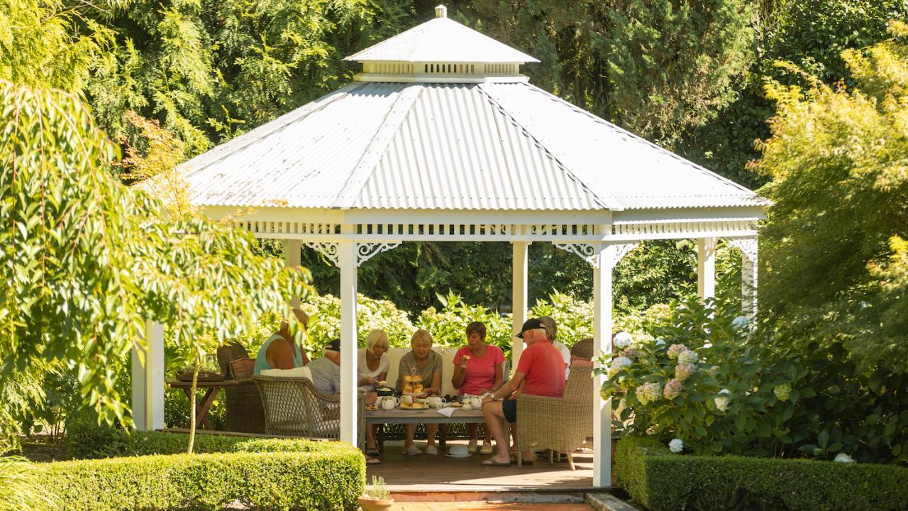 Gardens and tea time