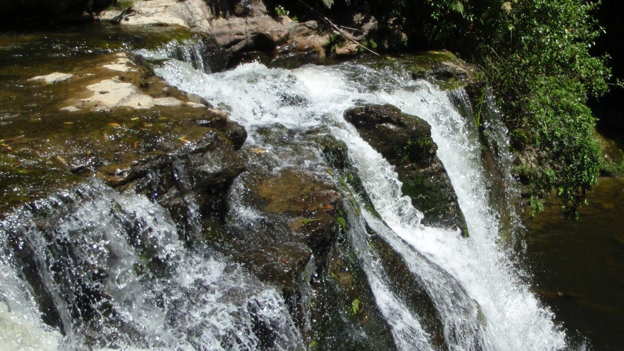 Kaiwhakauka Waterfall