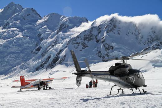 Mt Cook Ski Planes and Helicopters (Glacier Landing Flights)