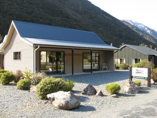 Mountain House Motels