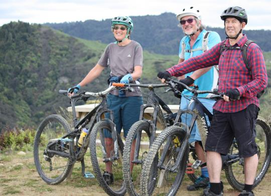 Perfect terrain for exploring on e-mountain bikes or for committed riders on conventional bikes