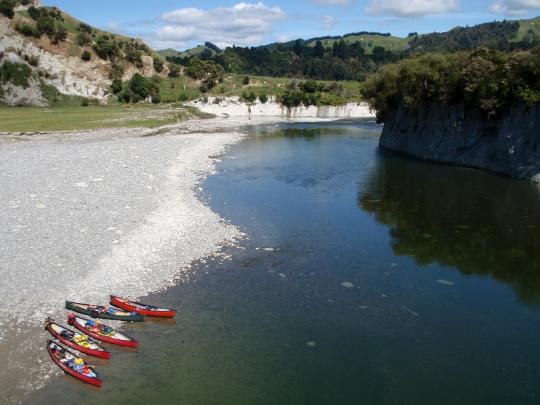 Rangitikei River Kayak Canoe Adventure Trip