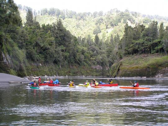 Some of the quintessential, picturesque and peaceful scenery you can lap up on the Whanganui River.